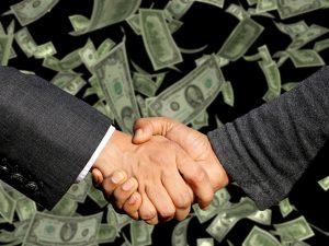 כסף ולחיצת יד