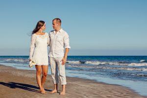 זוג בחוף