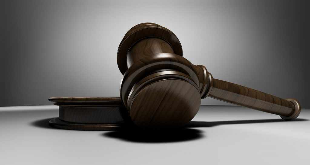 פטיש משפטי גדול